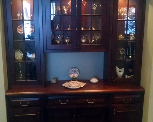 beaded inset cabinet doors. wood doors and drawers are surrounded by a solid frame small 1/4\u2033 round molding beaded inset cabinet s